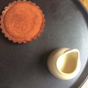 Chocolate fondant tart with Szechuan pepper custar