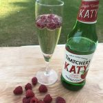 Refreshing cider with raspberries