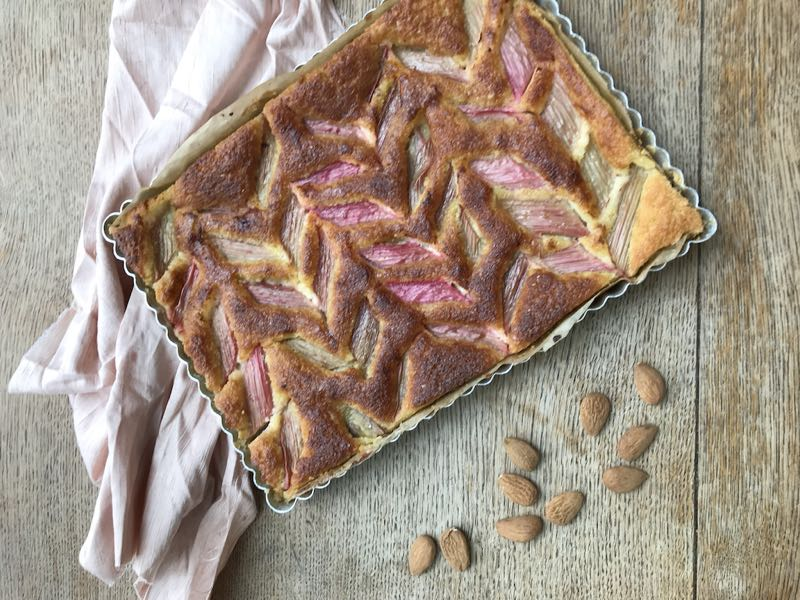 Baked rhubarb almond cake