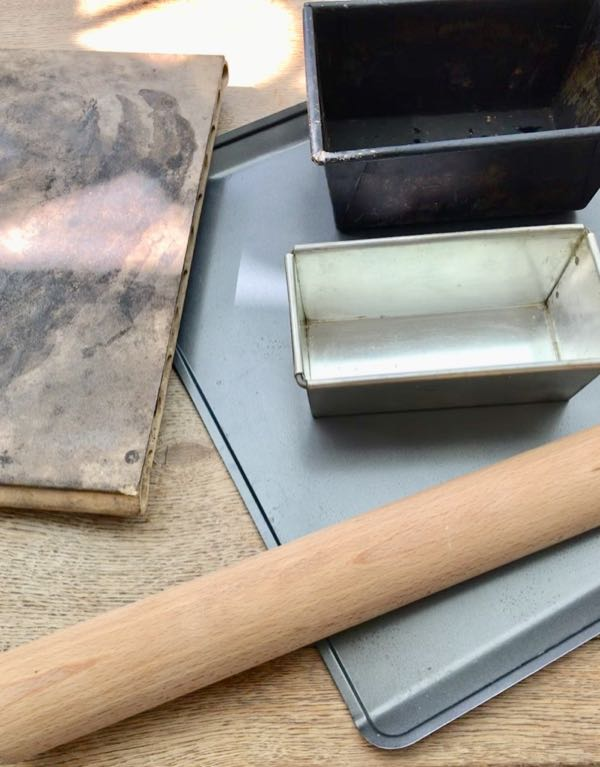 Breadbaking Essentials: Bread tins, refractory baking stone, rolling pin