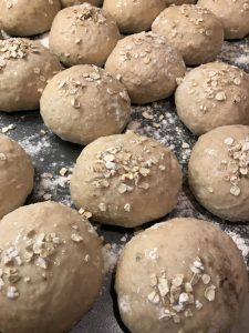 Shaping porridge buns