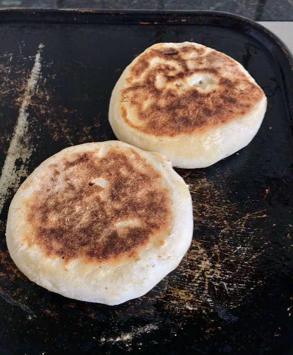 Griddle muffins